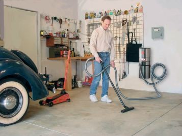 GUV ProGrade Garage Utility Vacuum - In Use Garage
